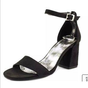 NEW 143 Girl Newsie Rampage Bloock-Heel Sandals